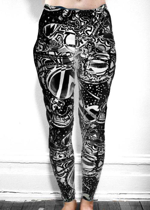 """Michelle's """"Bleach"""" Black & White Dark Print Leggings 7"""