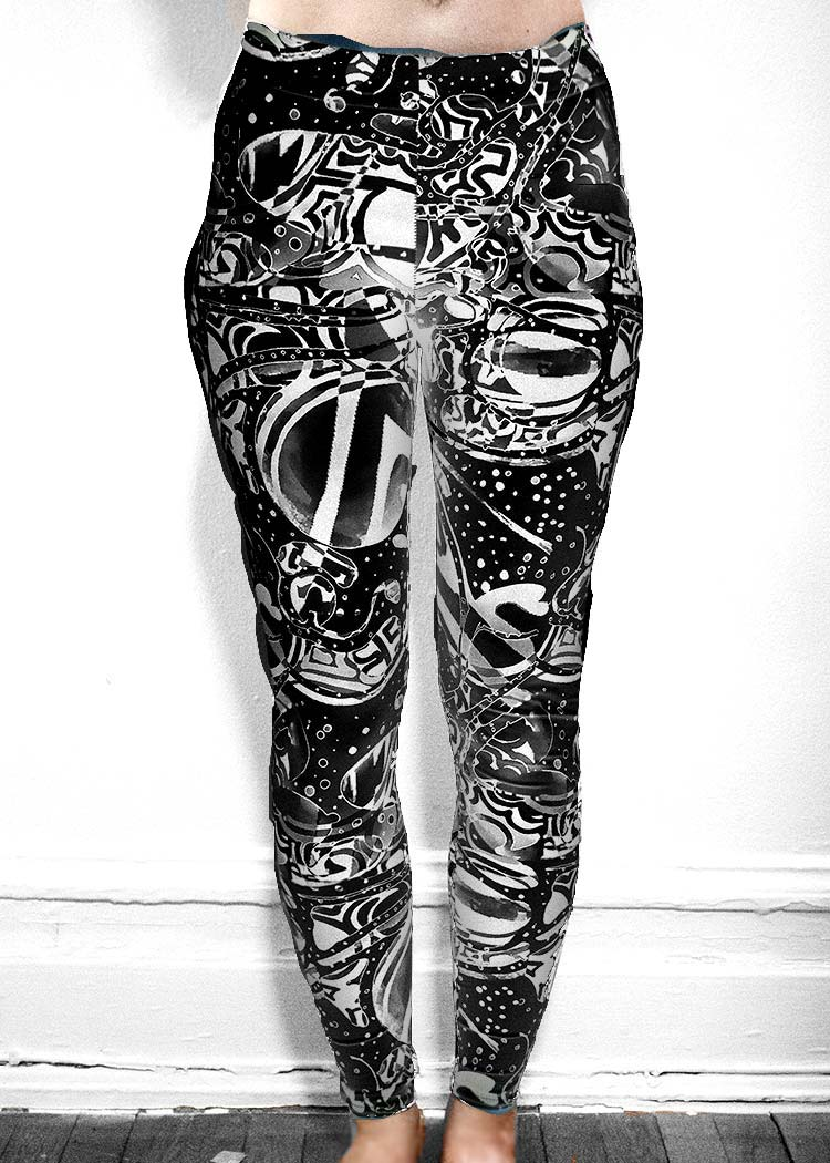 "Michelle's ""Bleach"" Black & White Dark Print Leggings 1"