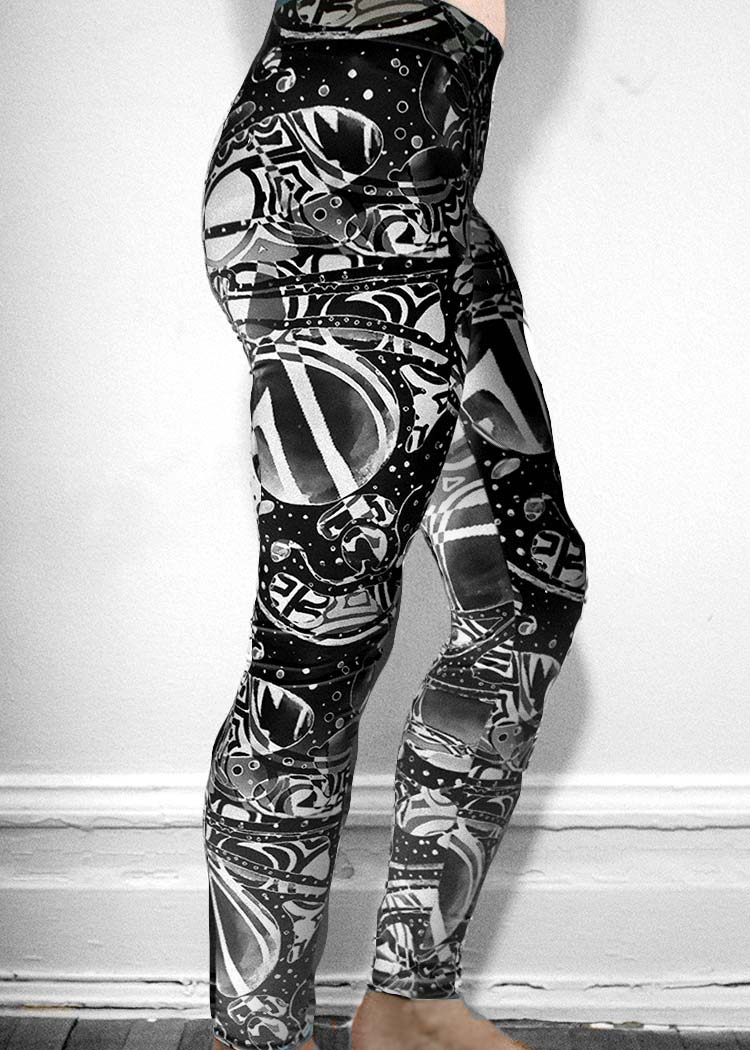 "Michelle's ""Bleach"" Black & White Dark Print Leggings 2"